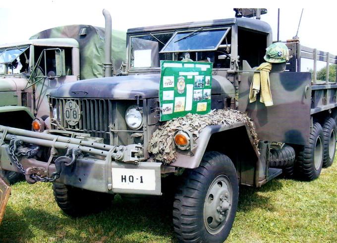 1968 Kaiser Willys M35A2 Cargo