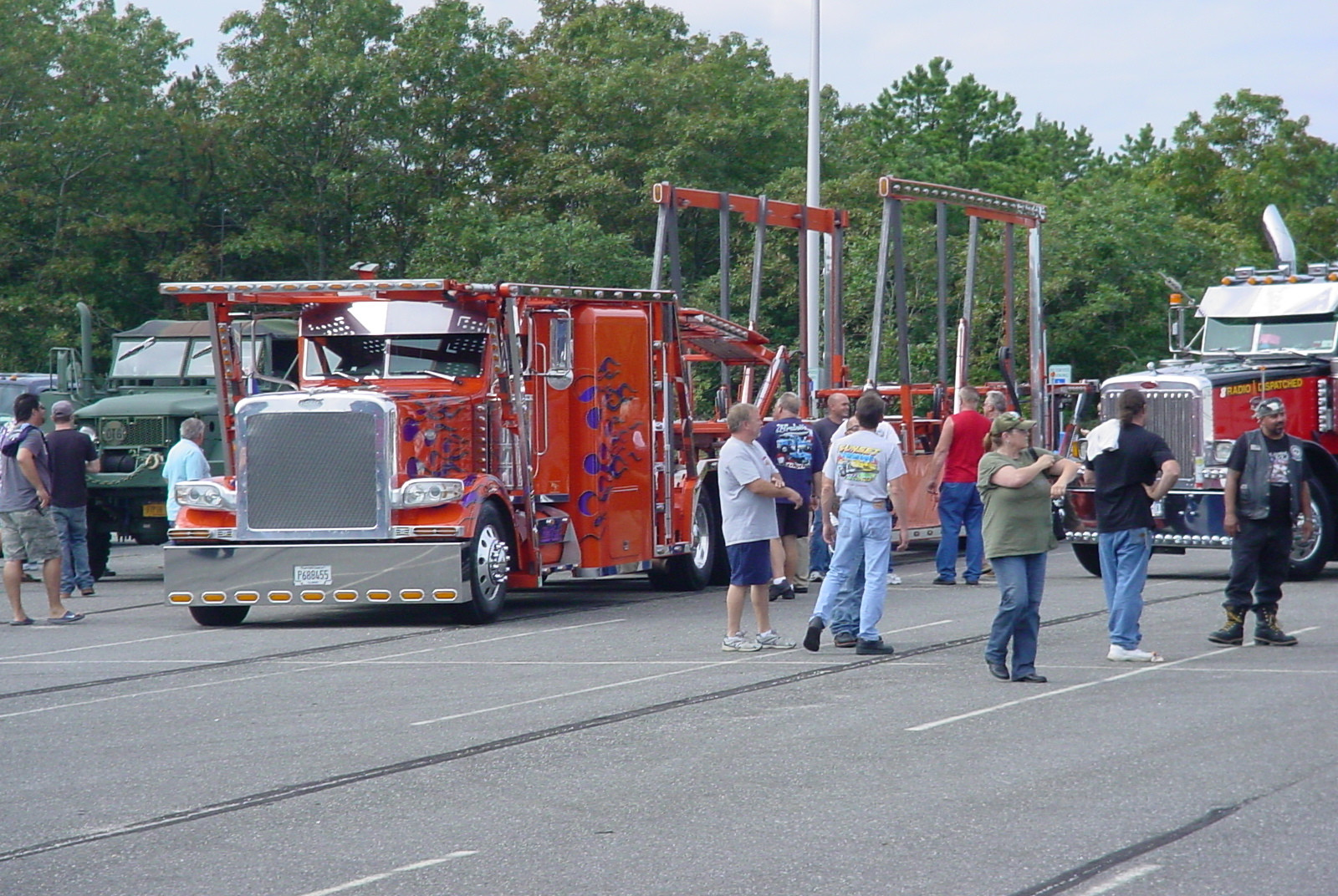 Paul Stanchio's 2009 custom built Peterbilt car carrier
