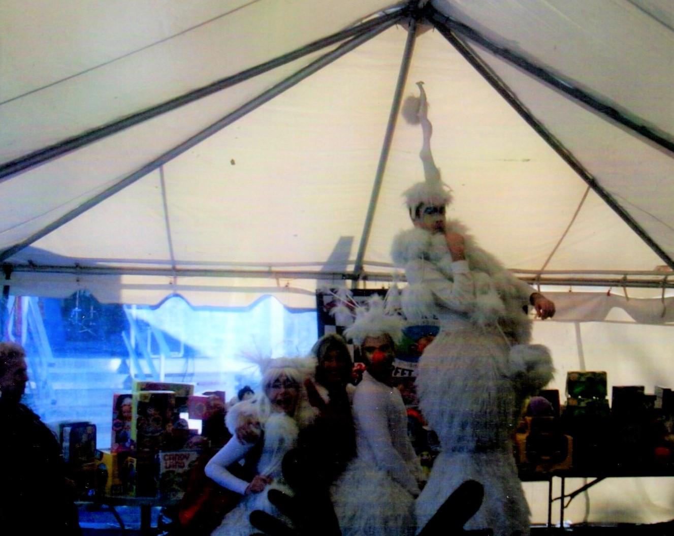 Cirque du Soleil performers entertaining everyone