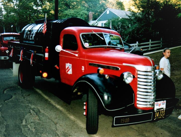 1940 GMC AC-354 water wagon - Denis Ryan
