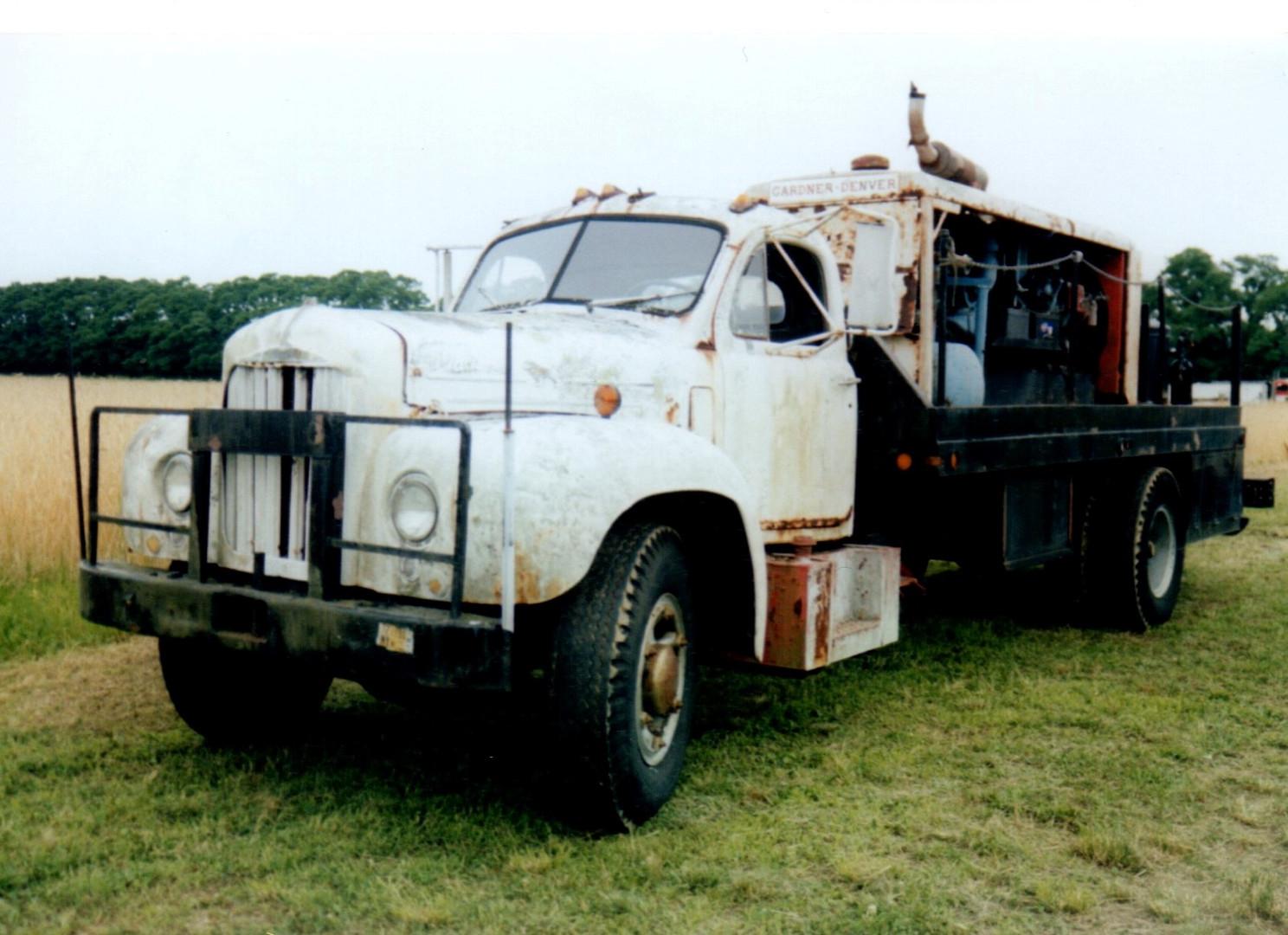 1960's Mack B-42 compressor truck - Steve Wolbert