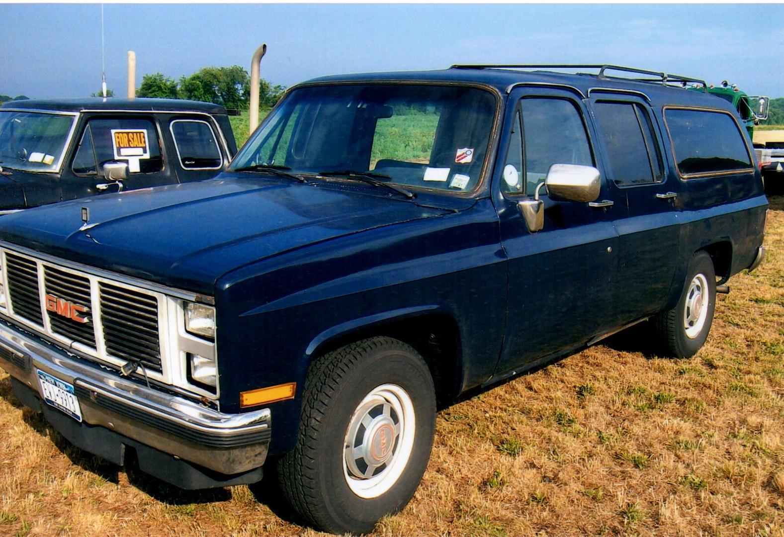 1986 GMC Suburban - Karl Walz Sr.