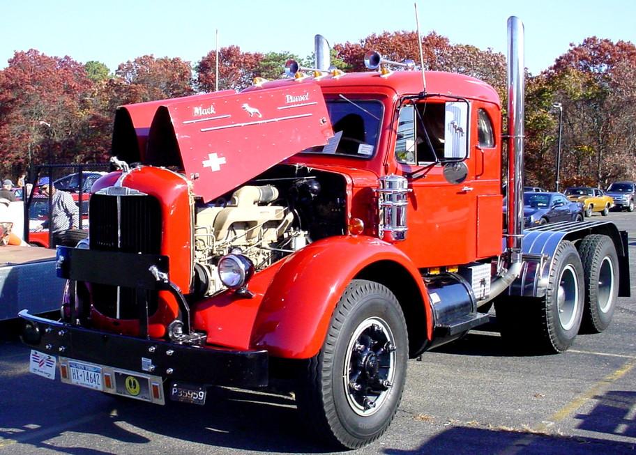 Jonathan Erb's 1949 Mack tractor