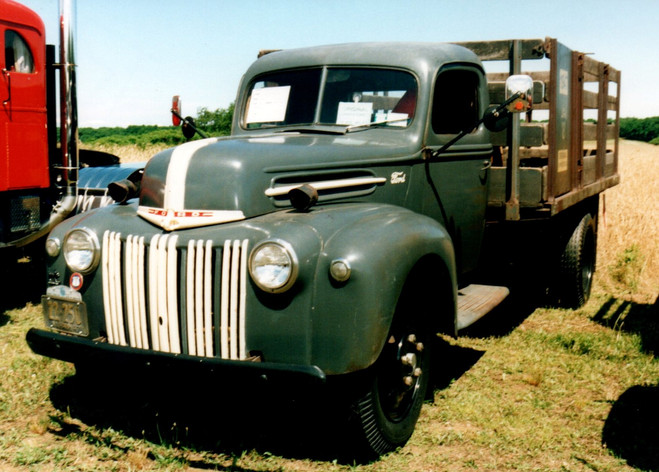 1947 Ford stake bed - David Fry