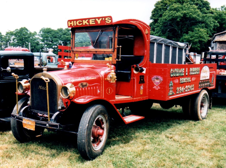 1922 Mack AB flatbed with sides - Bob Pfluger