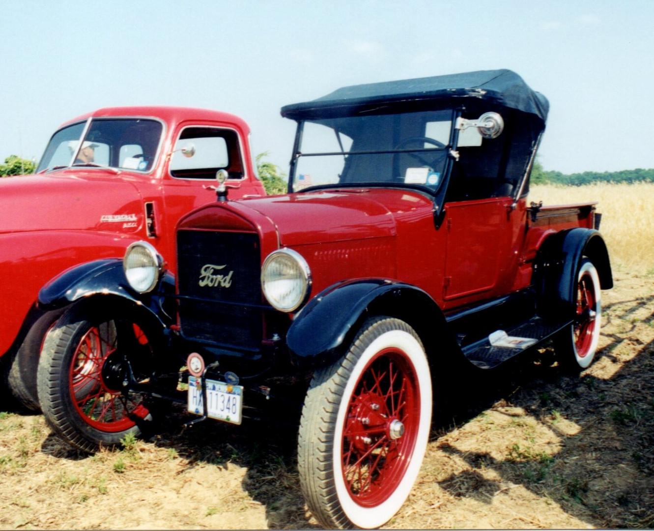 1926 Ford Model T Roadster pickup - Joe Tavernese