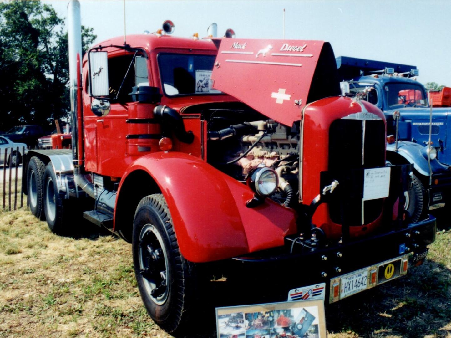 1949 Mack LJT tractor - Jonathan Erb