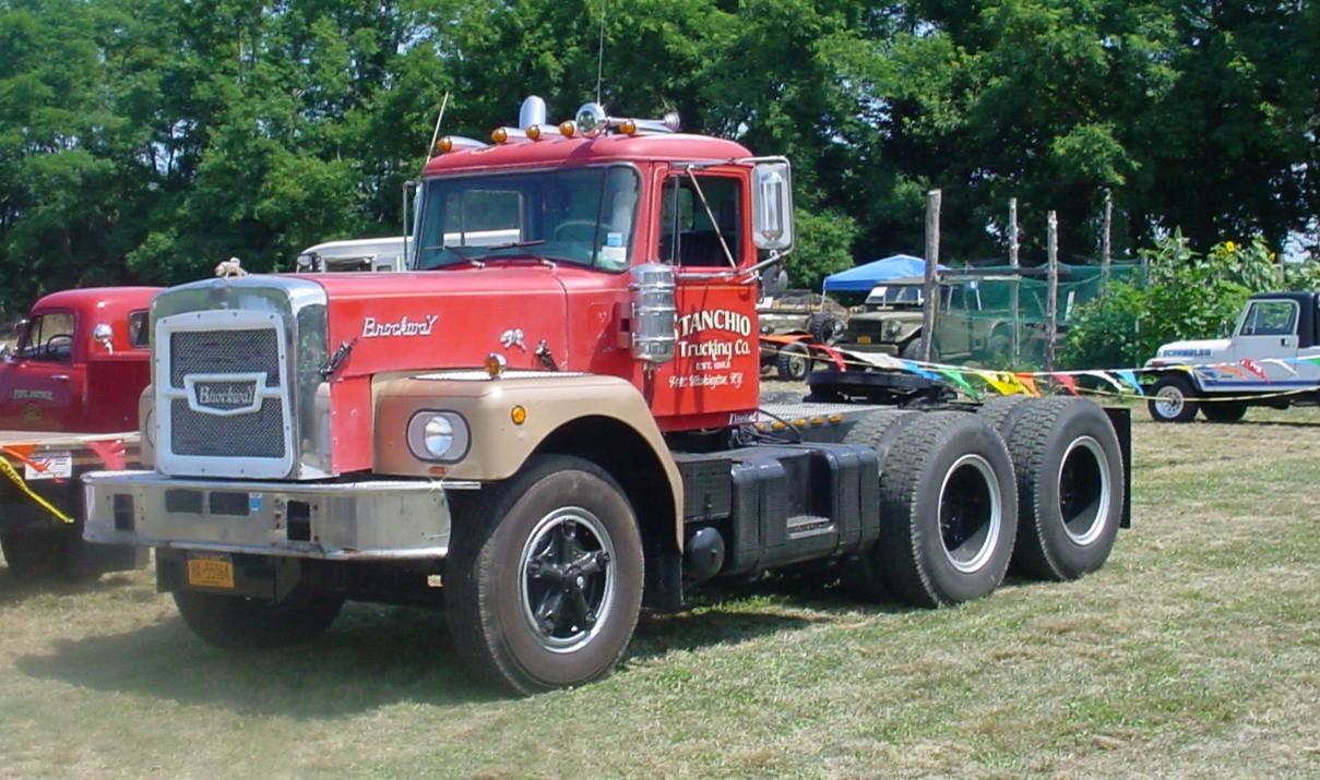 Paul Stanchio's 1969 Brockway 361 tractor