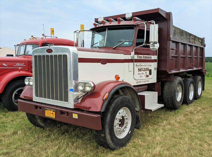 1978 Peterbilt 359 dump