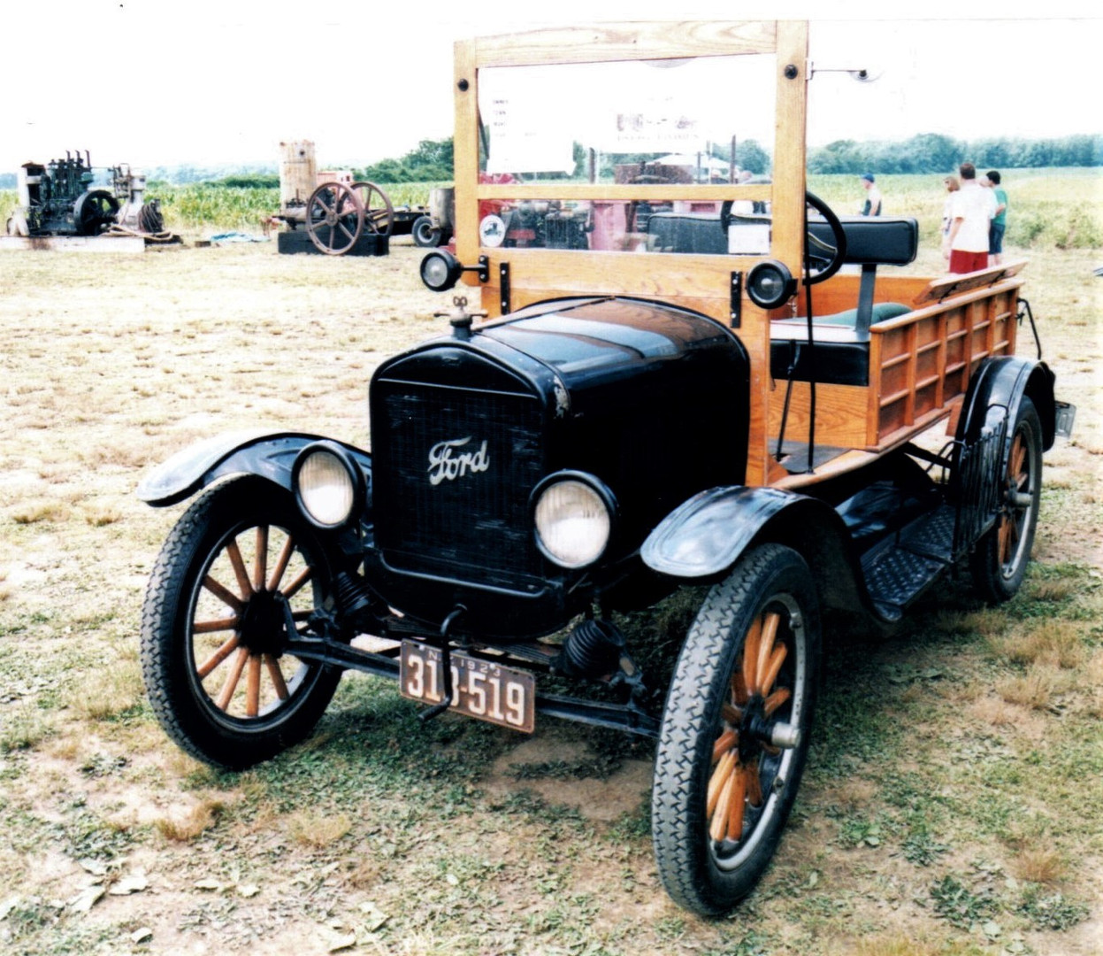 1923 Ford Model T open cab express