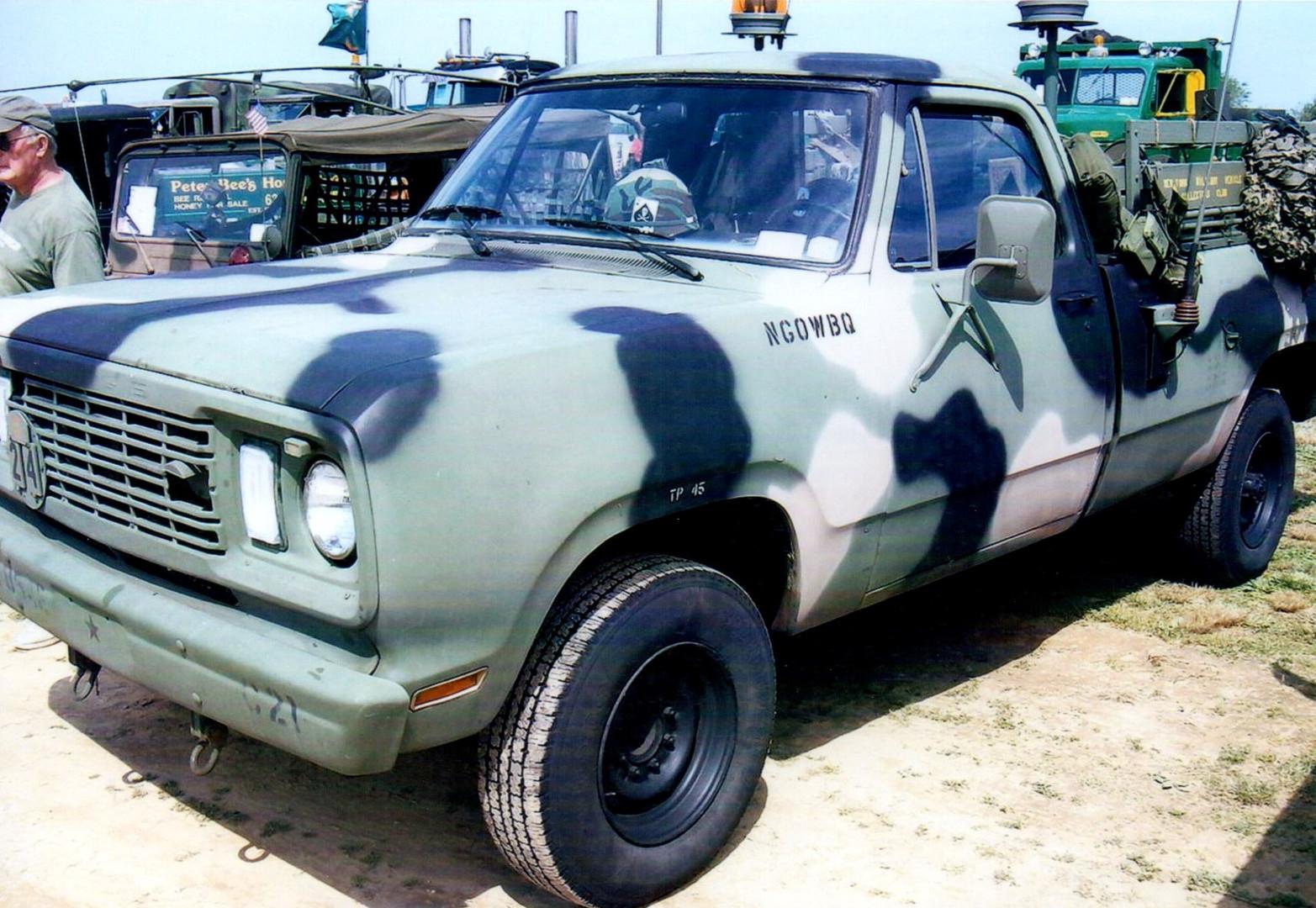 1977 Dodge Military pickup
