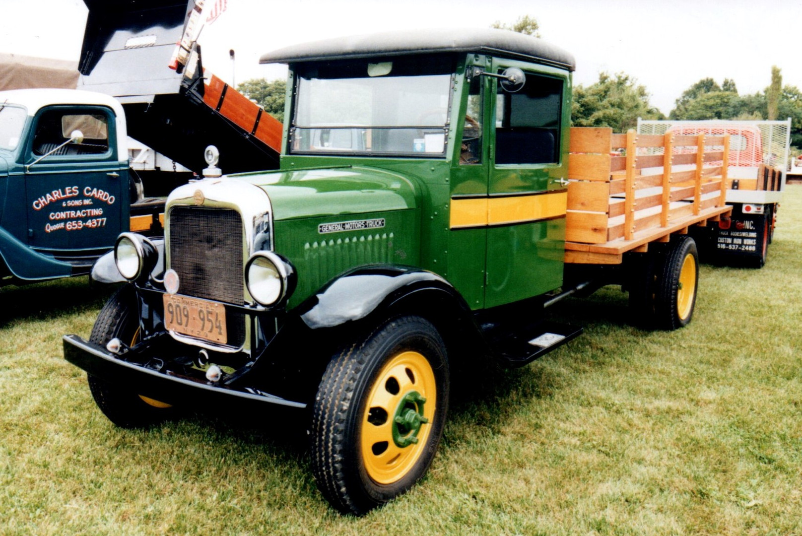 Cliff Foster's 1929 GMC stake bed