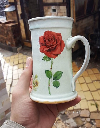 Matt holding red rose Mug.png