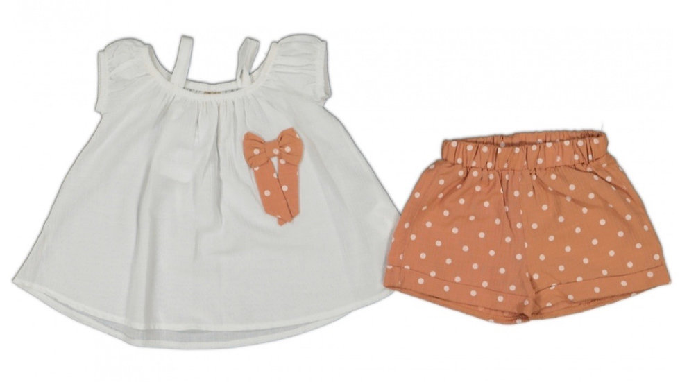 Bluse mit Shorts