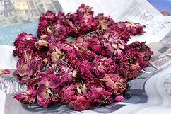 dry-roses-1700436_1920.jpg