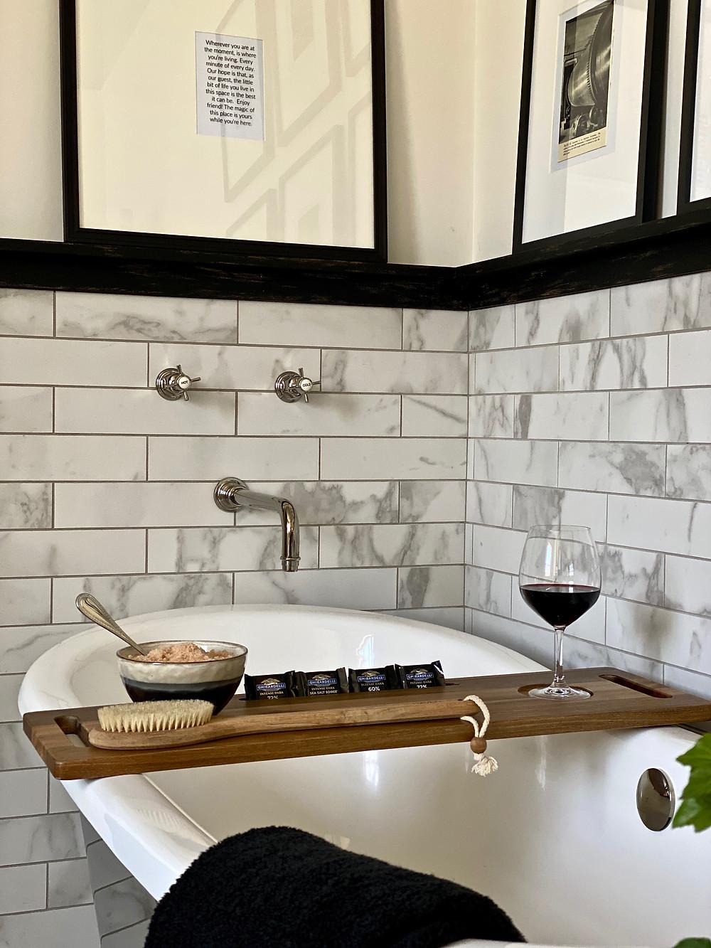 Spa bath, stainless steel bathtub, black and white bathrooms, guest retreat, bathroom design