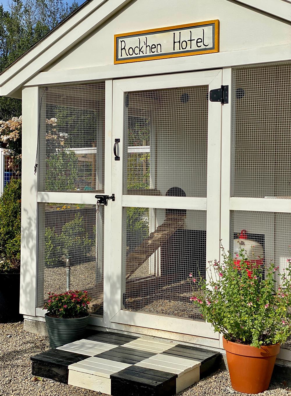 Chicken coops, backyard coops, chicken coop design, chicken runs.