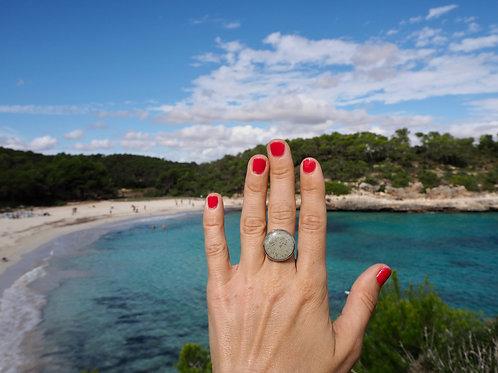Extravagantní prsten