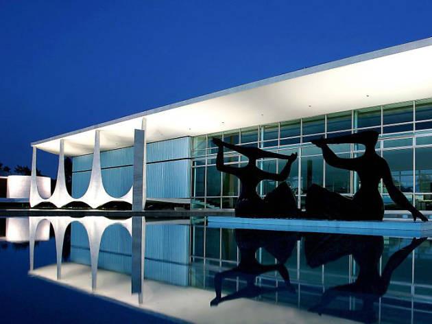 Oscar Niemeyer Architect