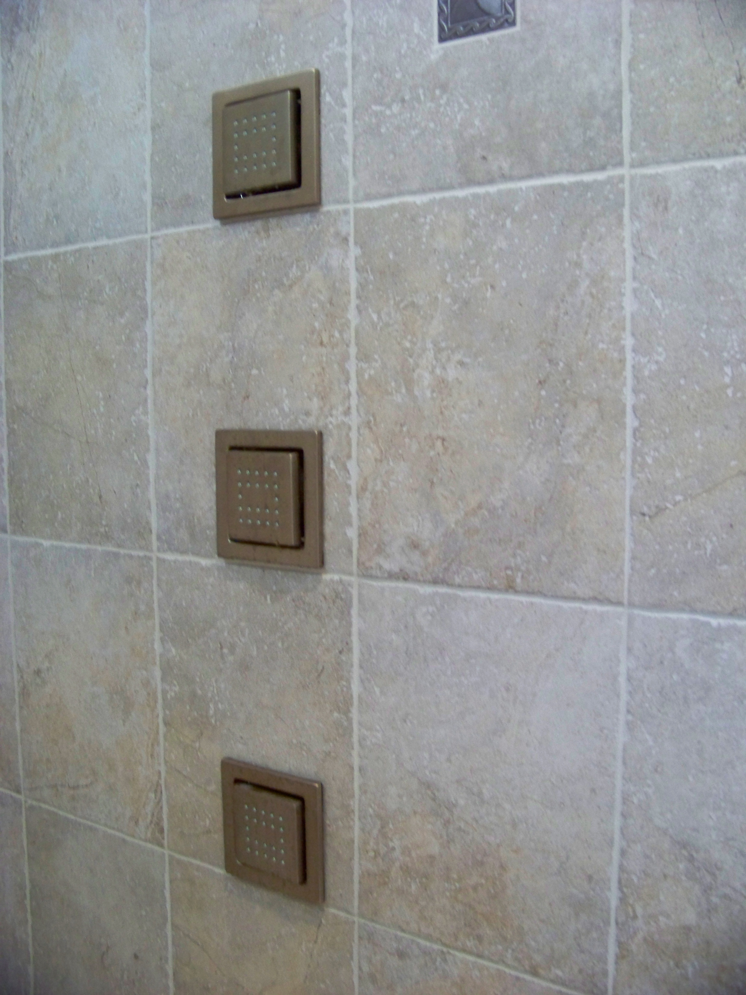 Shower wall jets