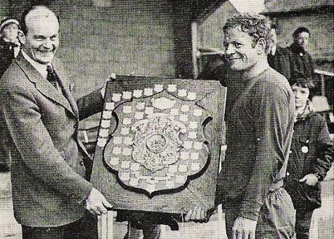 1973 RM Deal Football Team.jpg