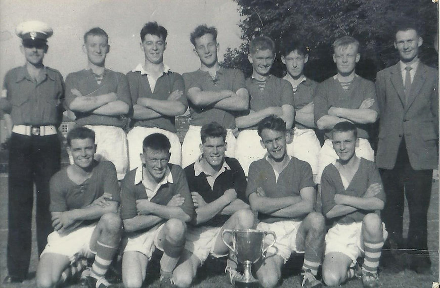 1959 726 Squad Football team.jpg