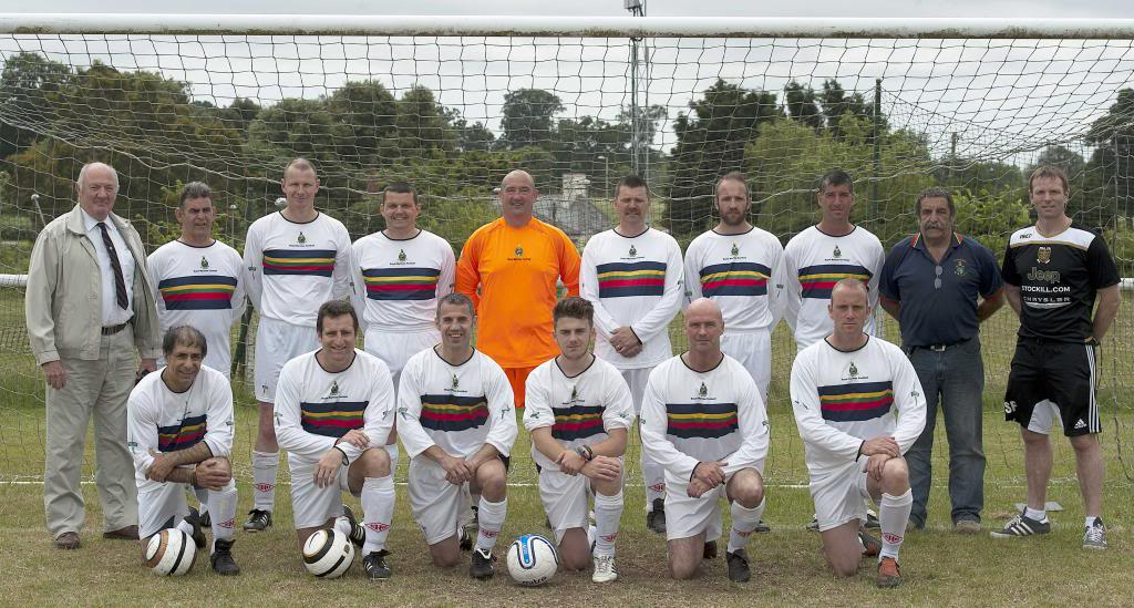 2013 Vets Reunion Globes Team