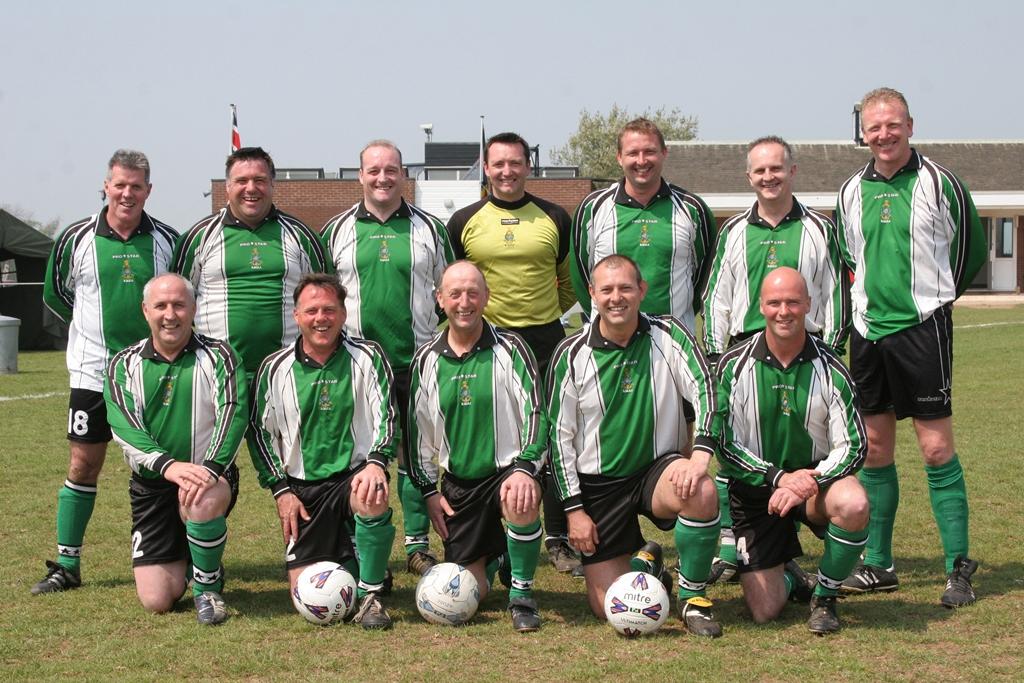 2006 Vets Reunion Globes team