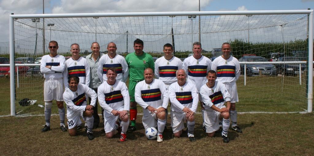2010 Vets Reunion Globes team