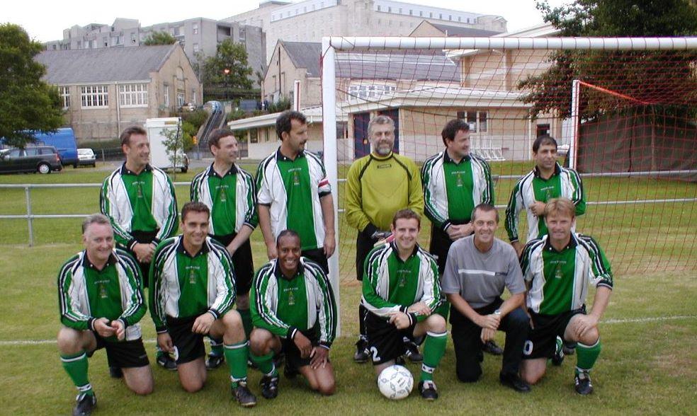 2003 Vets Reunion Globes team