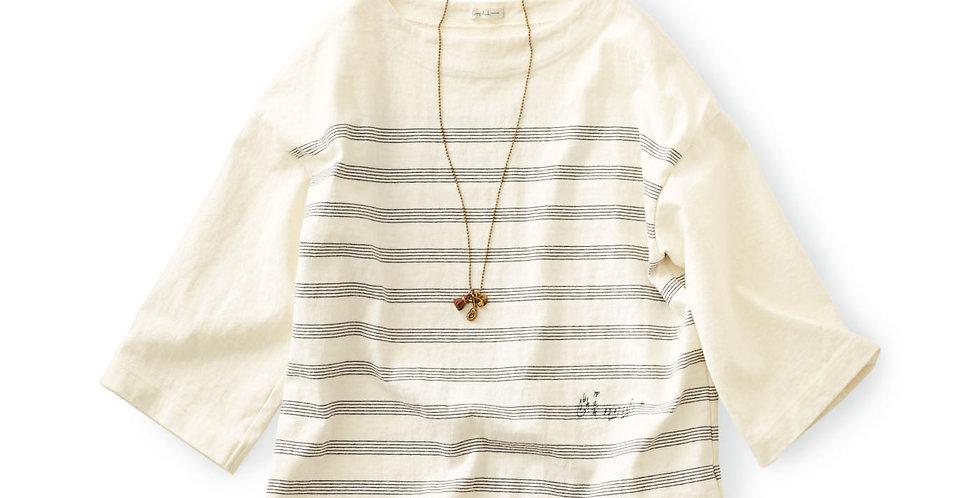 חולצת טריקו עם דוגמה