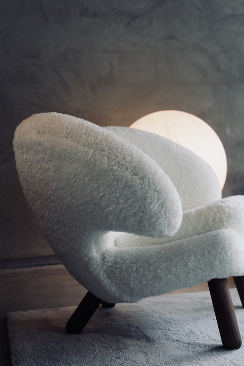 House of Finn Juhl_Pelican Chair.IMG_996