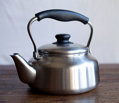 Sori-Yanagi-Stainless-Steel-Kettle.jpg