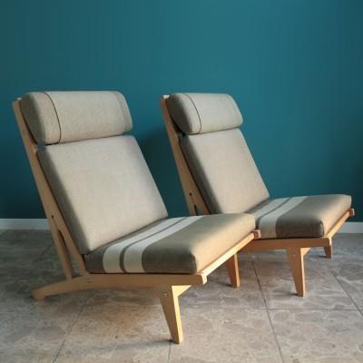 pair-of-ge-375-lounge-chairs-by-hans-wegner-for-getama-1950s.jpeg