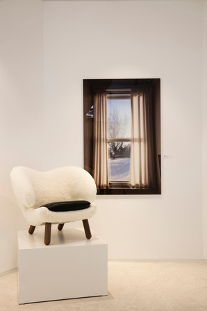 Pelican Chair, white.jpg