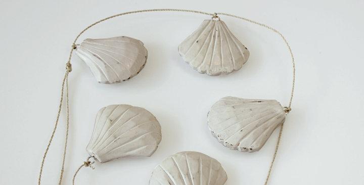 String Shells צדפות דקורטיביות