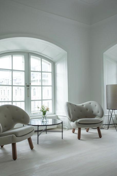 House of Finn Juhl_Pelican Chairs.N61A86