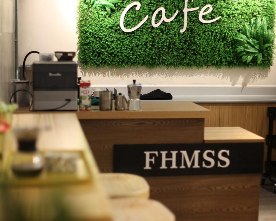 Cafe01.jpeg