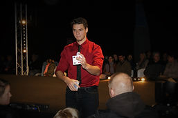 Magicien Brest, Magicien bretagne, magicien professionnel brest, magicien congrès bretagne