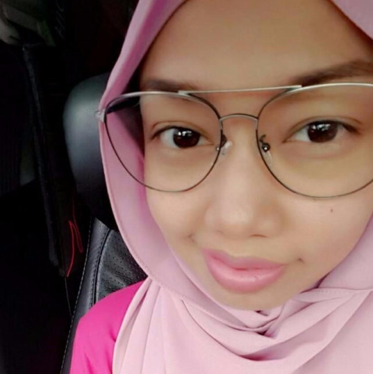 "Buyer : ""Very friendly and trustable seller! Best price that you may find in the market . Will definitely deal with him again, highly recommended! Thank you for giving me a discount sam! Love the glasses i bought it. Thumb Up!!👍"""