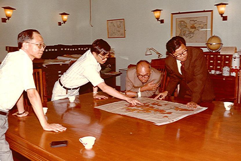 1981-05.jpg