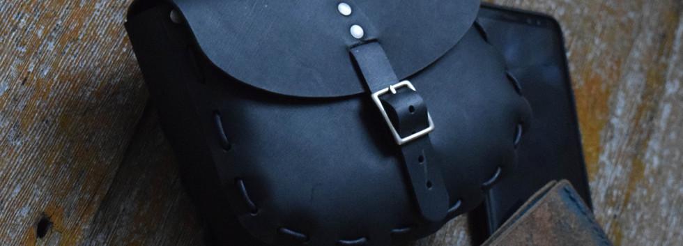 671 - Large Belt Pouch - Matte Black 03.