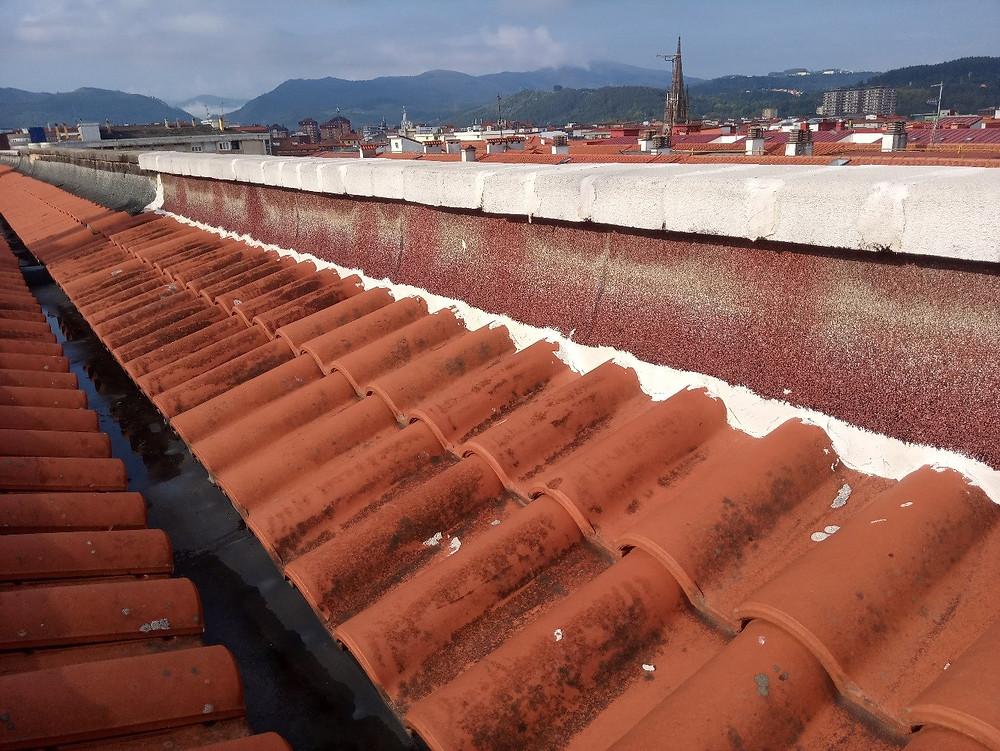 Zona del tejado sin rehabilitar
