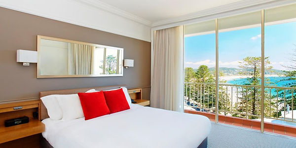 crowne-plaza-terrigal-3658124561-2x1.jpg