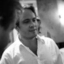 robin profile picture_edited.jpg