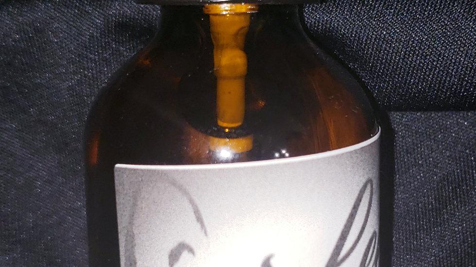 LeeMitchell's Organic Hair/Bread Oil fragrance:MACAROON