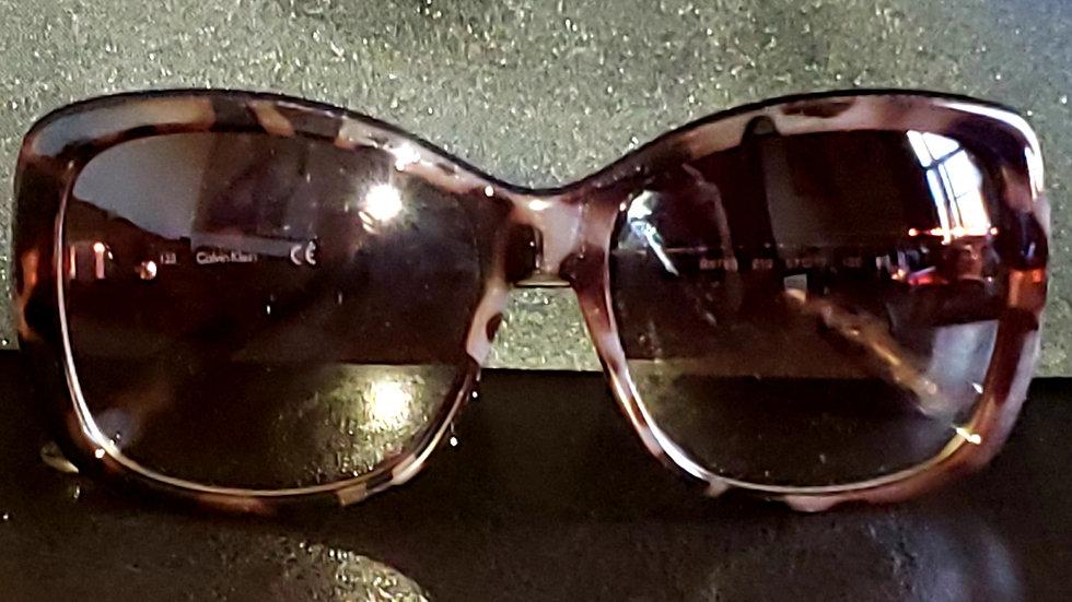 LeeMitchell's women's sunglasses (stock B)