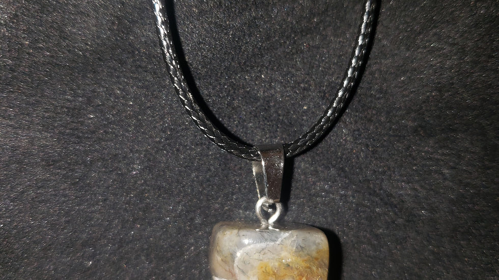 Crystal Stone Pendant Quartz Charm/Necklace