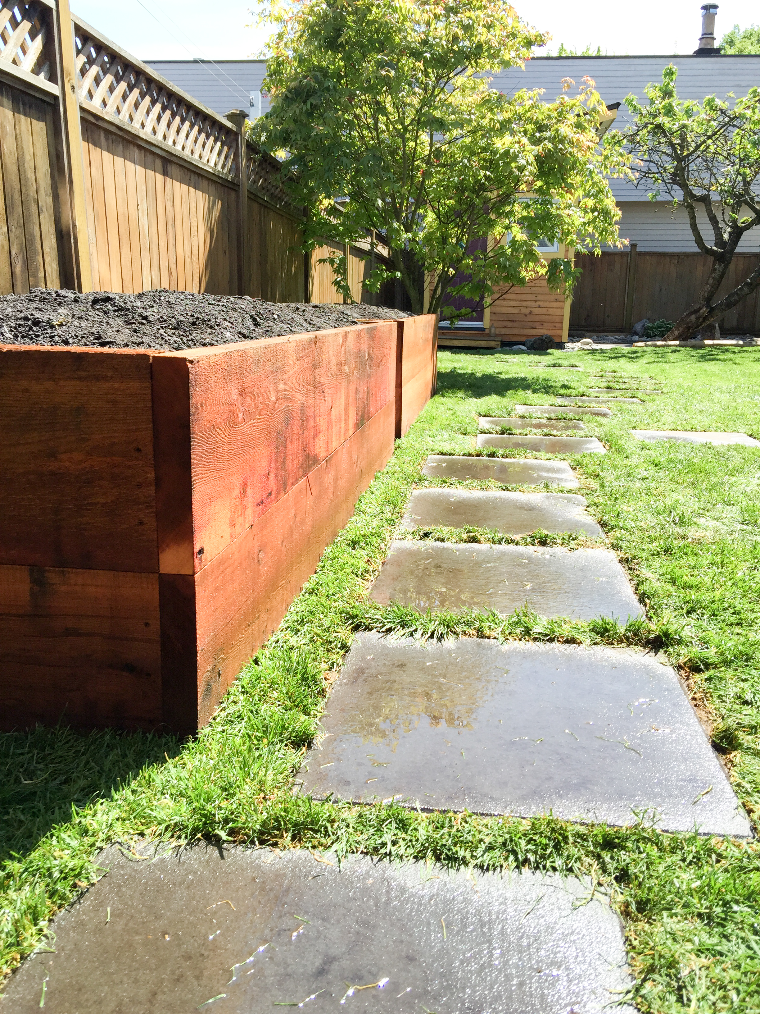 Rough cedar raised garden beds