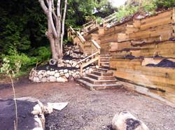 Tie-back garden retaining walls